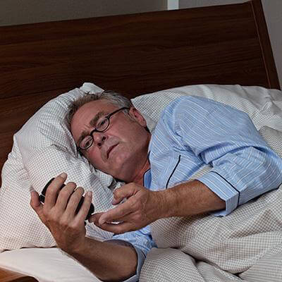 Man sick can't sleep in bed at night